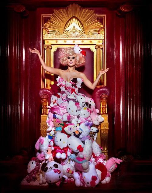 แฟชั่นบ้าๆหลุดโลก เลดี้กาก้า ตอบหนูทำได้ จ๊ะ Hello Kitty